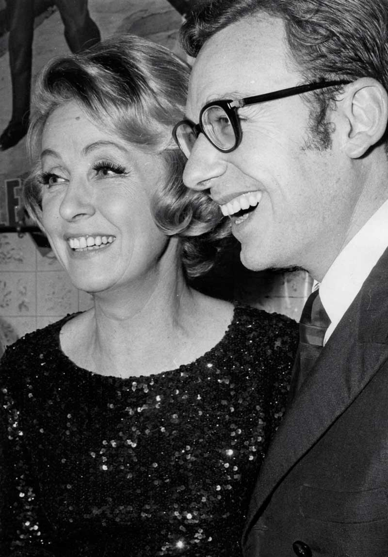 Danielle Darrieux et Dominique Delouche en 1967.  © Collection D. Delouche