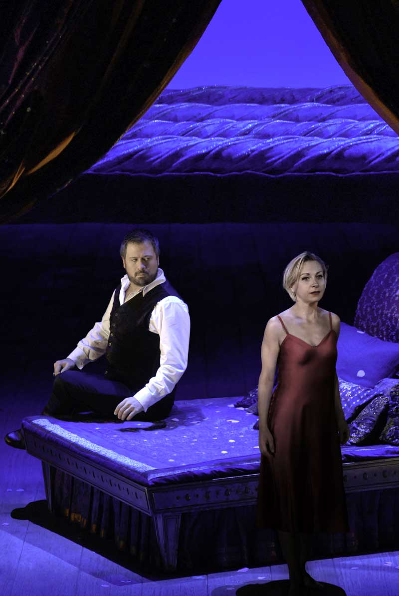 David Daniels et Natalie Dessay dans <i>Giulio Cesare</i> en direct du Met le 27 avril 2013.  Photo : Dan Rest/Lyric Opera of Chicago