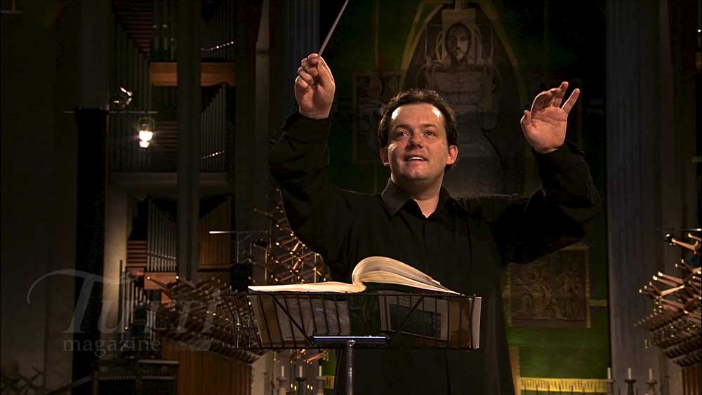 Andris Nelsons dirige le <i>War Requiem</i> à Coventry le 30 mai 2012.