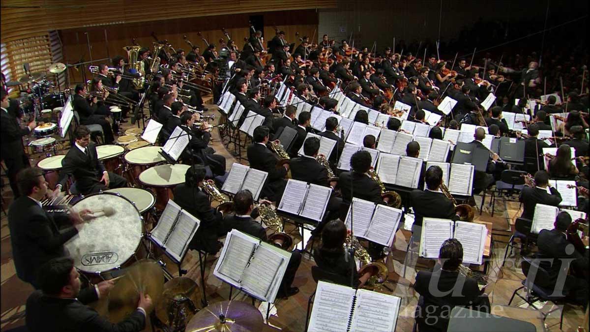 Ce grand orchestre placé sous la direction de Gustavo Dudamel est en soi le but à atteindre pour chaque petit instrumentiste.