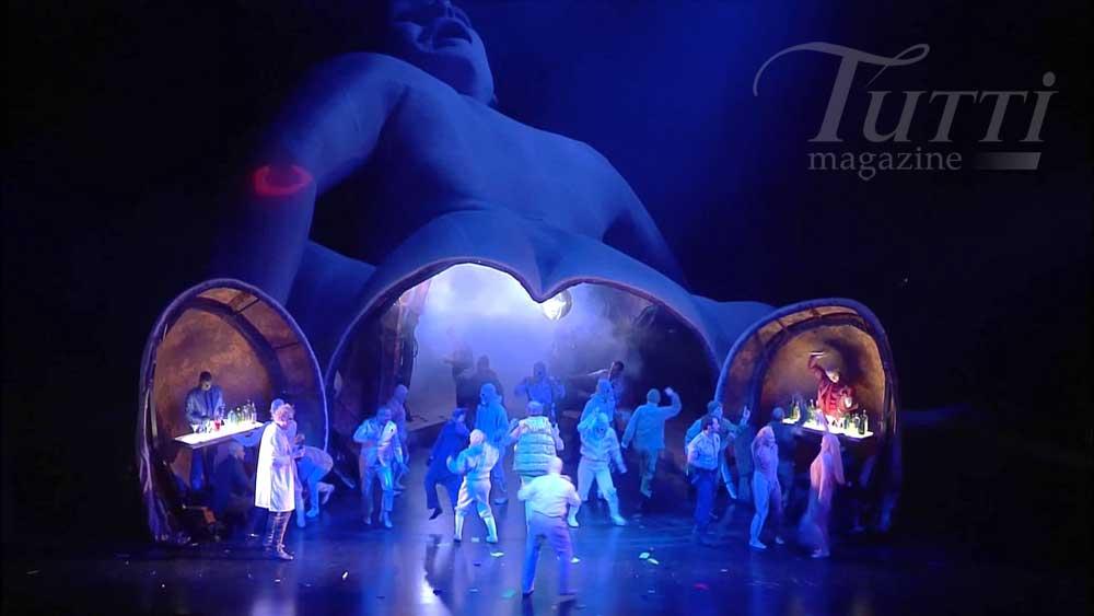 <i>Le Grand Macabre</i> mis en scène par Alex Ollé au Liceu.