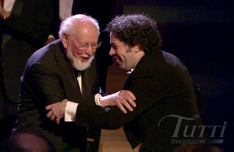 John Williams et Gustavo Dudamel réunis le 30 septembre 2014 au Walt Disney Concert Hall de Los Angeles.