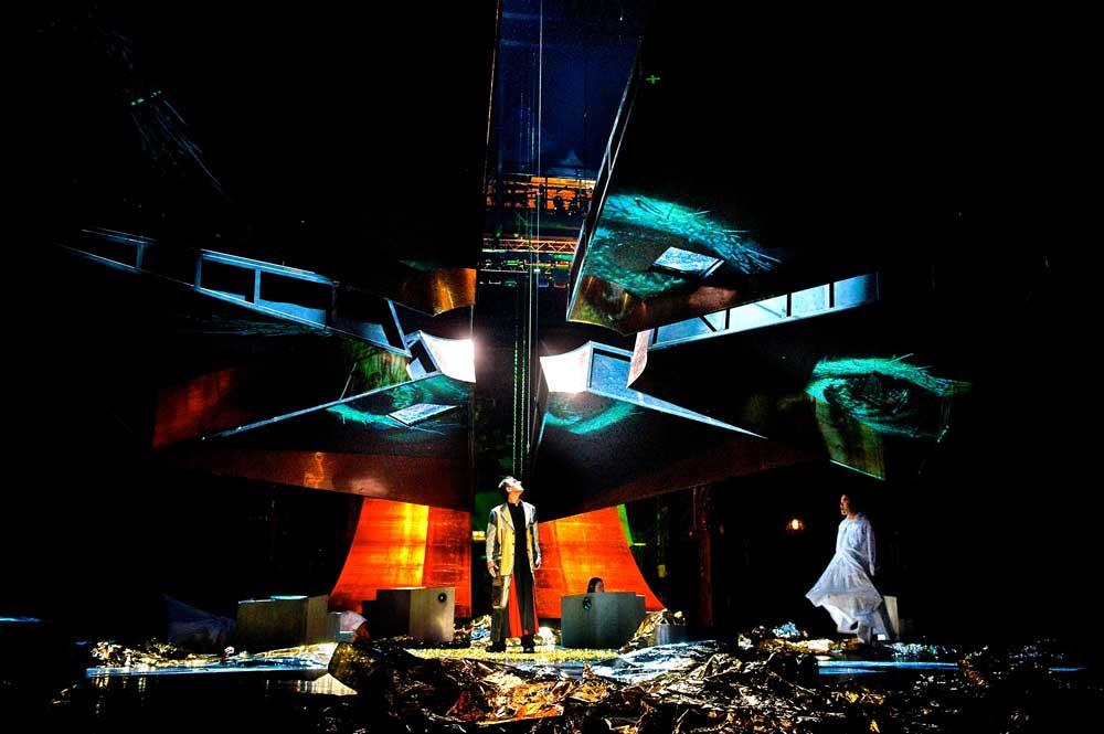 Philip Glass Kepler iKepleri de Philip Glass