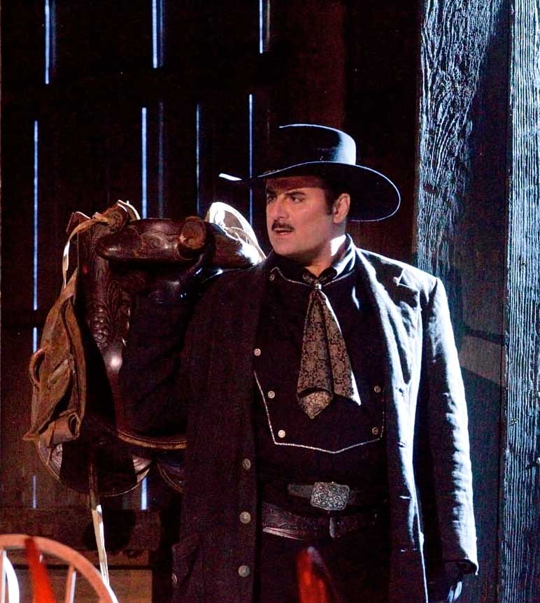 Marcello Giordani (Dick Johnson).  Photo Ken Howard/Metropolitan Opera