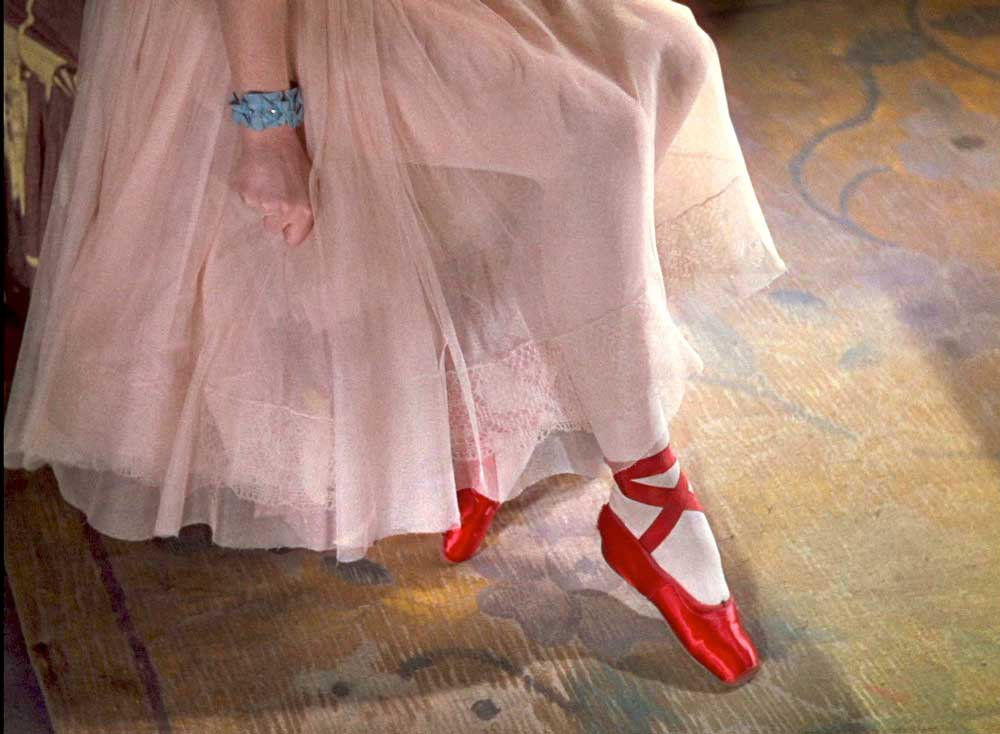Plan des <i>Chaussons rouges</i> de Michael Powell et Emeric Pressburger.  © ITV Global Entertainment. D.R.