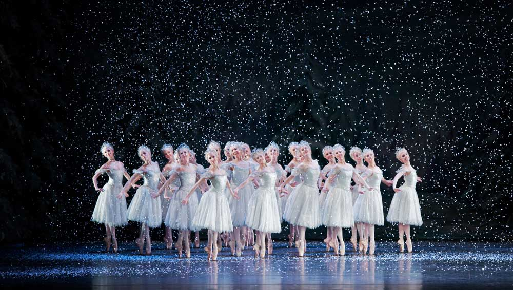 Valse des flocons de neige.  Photo © Johan Persson